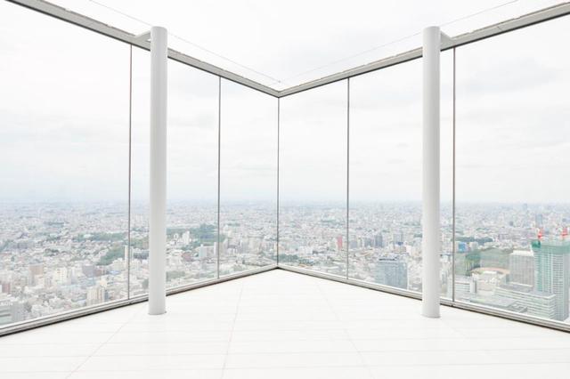 画像4: 最大の目玉。「SHIBUYA SKY」は、全身が空に溶け込む場所