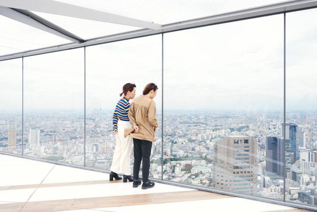 画像6: 最大の目玉。「SHIBUYA SKY」は、全身が空に溶け込む場所