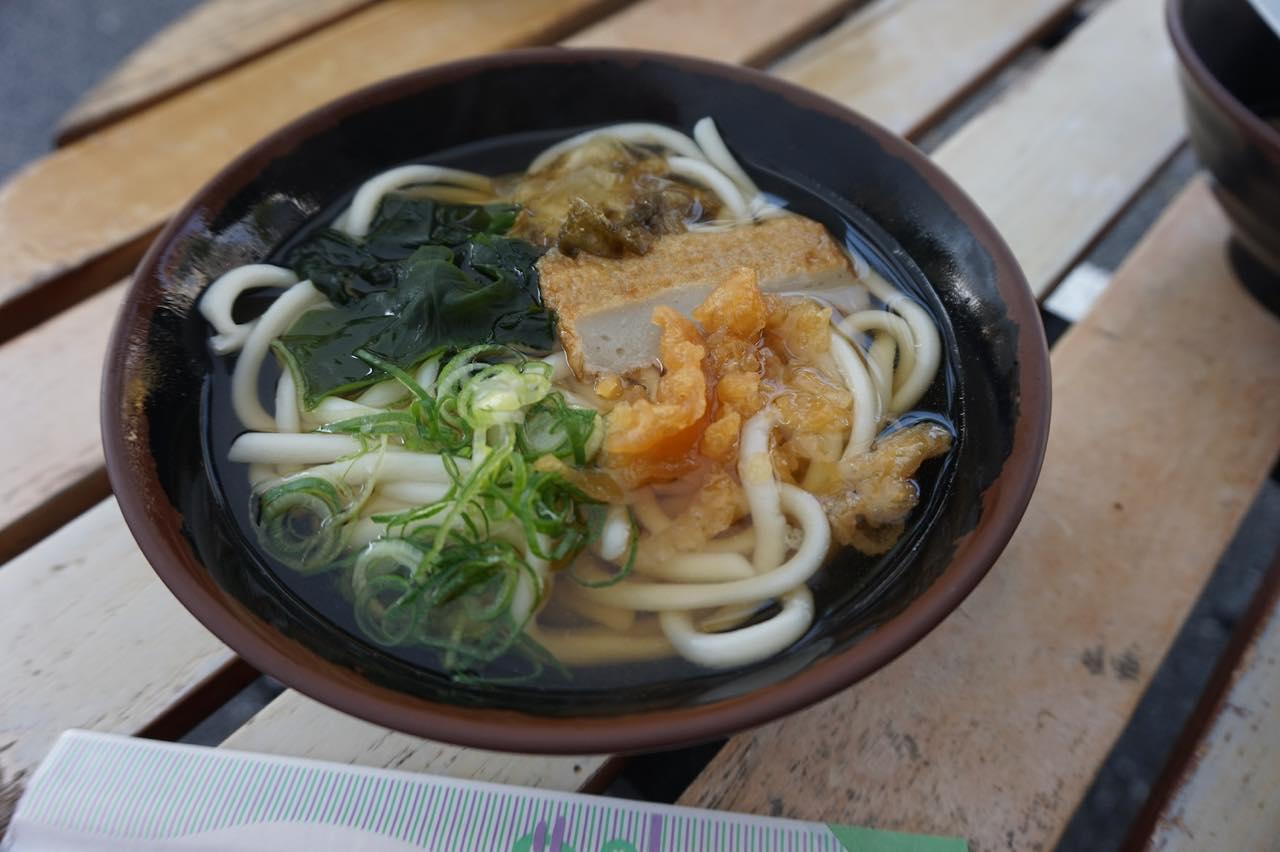 画像1: うどん&田舎寿司:朝食にぴったりな優しい田舎味