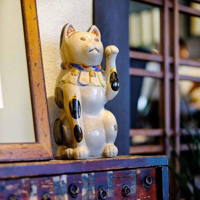 画像: 古民家レストランらしい雰囲気の店内で、フレンチのランチコースをいただきます。
