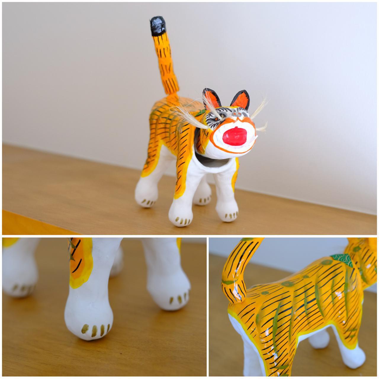 画像: 私の家にも張子虎を飾りました。お腹のくびれやぽってりとした丸い足先を見ては満足しています。