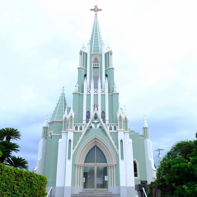 画像: 聖フランシスコ・ザビエル記念教会。平戸にも美しい教会があるのでご紹介していきましょう。今回の旅では個人的にも教会巡りをとても楽しみにやってきました。
