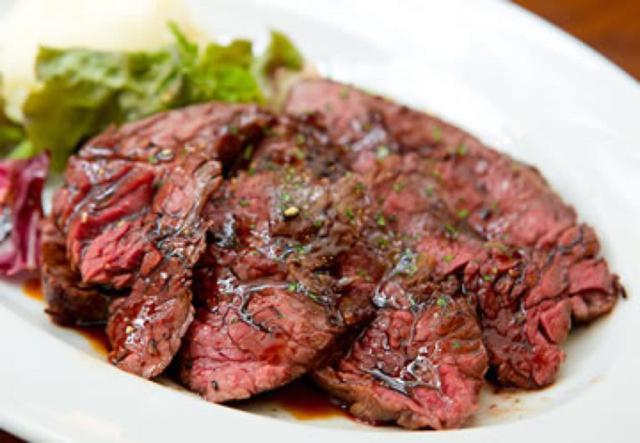 画像2: アットホームな空間でカジュアルに楽しむお肉とワイン「Meat Bar Maison」(ミートバル メゾン)