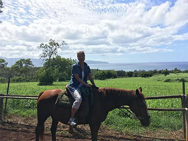 画像4: メインイベントの乗馬ツアー〔HAPPY TRAILS HAWAII〕