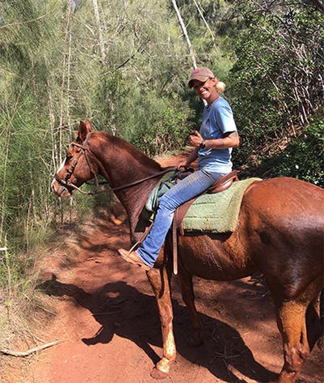 画像2: メインイベントの乗馬ツアー〔HAPPY TRAILS HAWAII〕