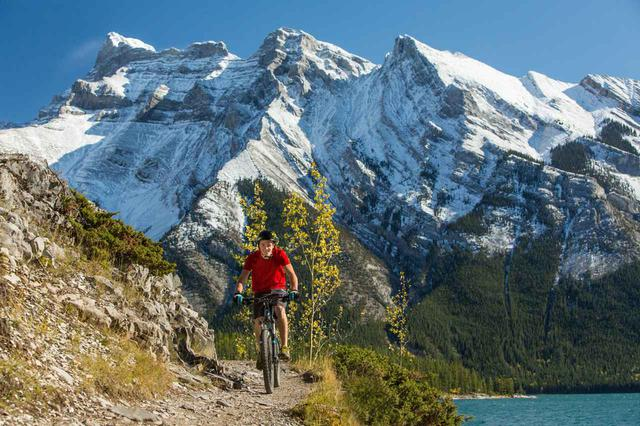 画像3: 写真提供:Banff Lake Louise Tourism/Paul Zizka/カナダ観光局