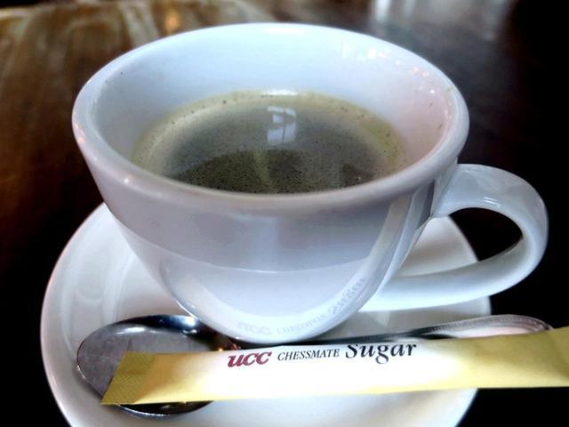 画像: 食事のお客様にはコーヒーなどのドリンクを250円でセットサービスしている