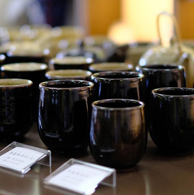 画像: 「黒薩摩」は、主に庶民が使う食器、日用雑器として作られました。