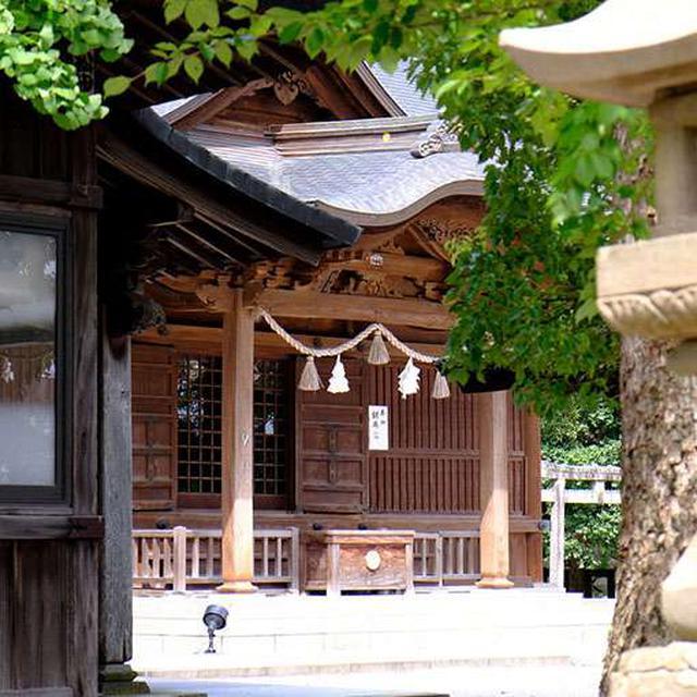 画像: 松江城二の丸上の段に移築された「松江神社」。二の丸上の段は元々藩主の住居がありました。政治関係の部署が集まっていた場所でもあり、大奥もあったのだとか!