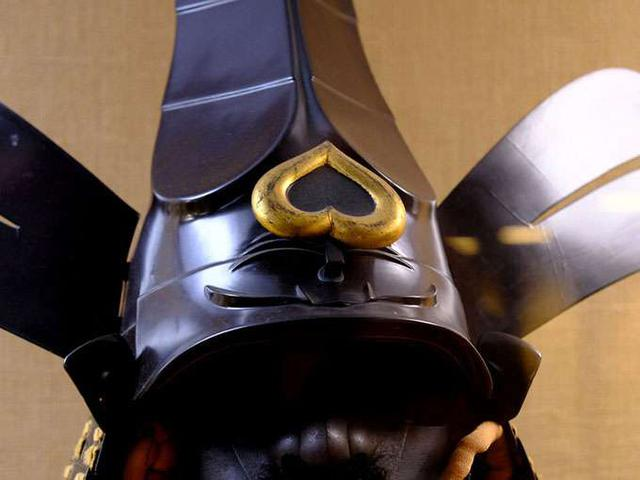 画像: ハートが逆さまになって可愛い…♪とか思っていたらこれは「猪(い)の目」。冷静になる。イノシシの目は決して可愛くない。松江藩の藩印です。