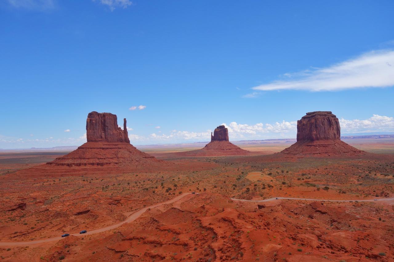 画像1: 大自然に圧倒されるグランドサークルは絶景満喫のドライブコースで。