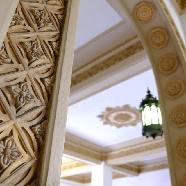 画像: よく見ると細かい装飾が施されています。この庁舎も木子七郎の建築です。