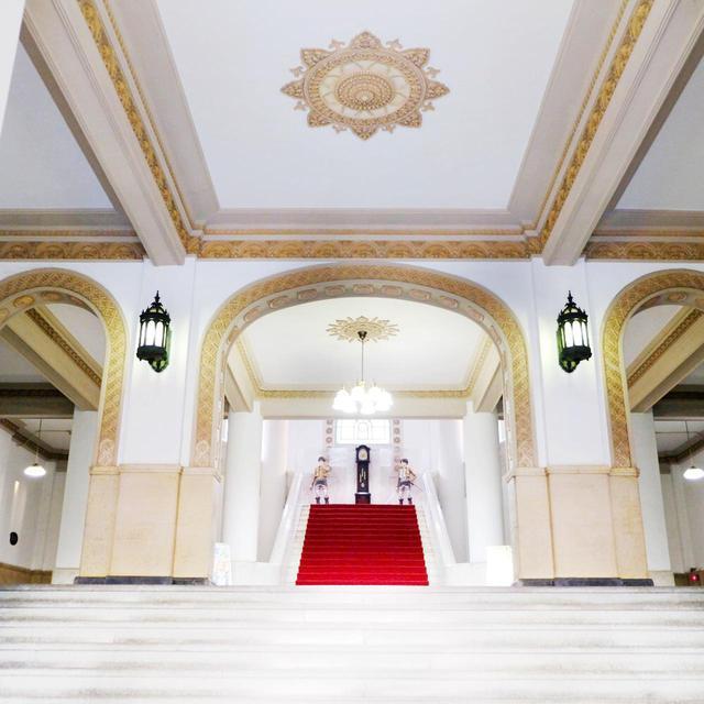 画像: 三層アーチの入口。