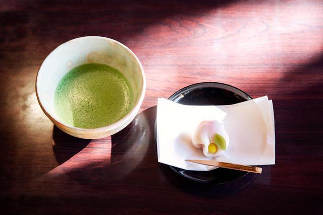 画像: 抹茶と練り切りのセット(600円)