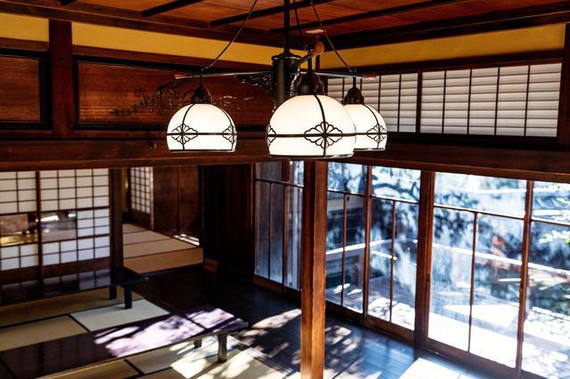 画像5: 世界も認める日本庭園を眺めながら抹茶を嗜む「山本亭」