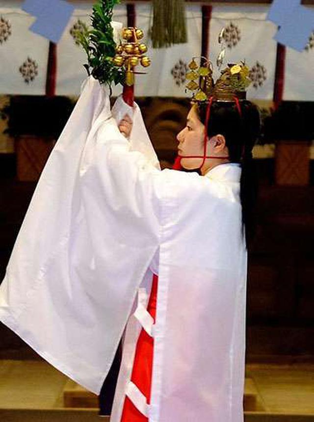 画像: 8時30分から行われる朝御饌祭を拝観しました。毎日行われているお祈りで、誰でも見ることが出来ます。