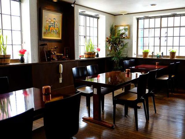 画像: 自家焙煎コーヒーも人気。静かな席もありますのでゆっくりできそうでした。