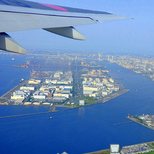 画像: 梅雨の沖縄へ向かうため、始発で羽田から乗り継ぎ搭乗します!青い海を求めて!東京を飛び立った時も晴れ!この日は東京も暑かったみたいです。