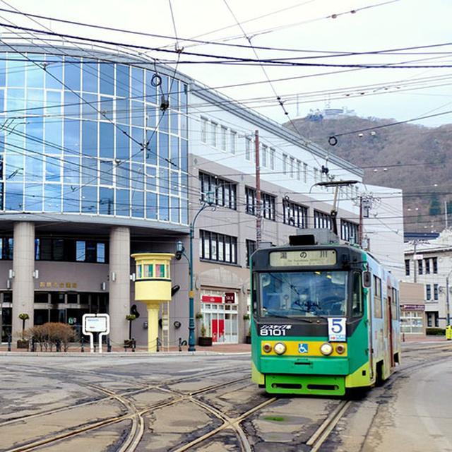 画像: 函館の街と市電の風景、とても印象的でした。