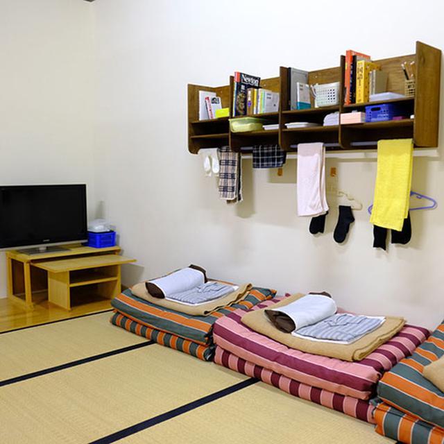 画像: 当時の囚人たちの暮らしぶりや作業の一端が展示されている監獄歴史館。