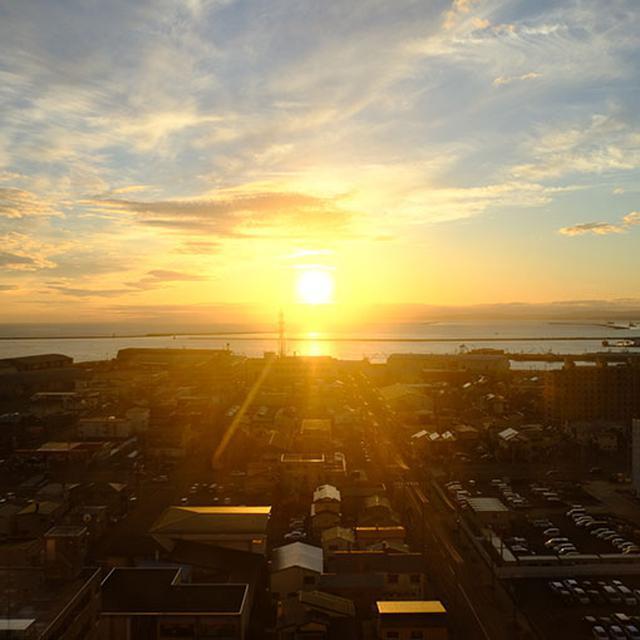 画像: 夕日の釧路、一望です!!!