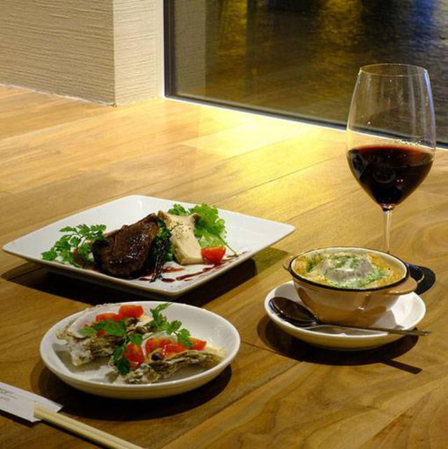 画像: お料理は、釧路や根室などの地元の食材を使った洋風メニューが中心。
