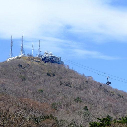 画像: きれいに函館山が見え、のんびりできるスポットです。