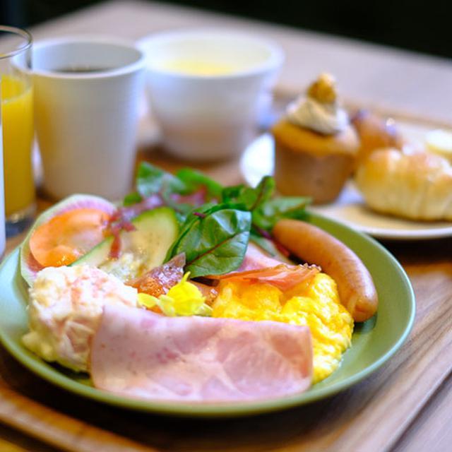 画像: とはいえ、結局そんなには食べられないんだなぁ…。見るだけでもパワーもらえるくらいパフォーマンスがよい朝食ってすごく良いですね!