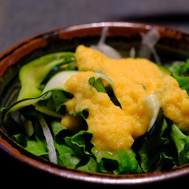 画像: 手作りドレッシング。新鮮野菜で朝を迎えられる幸せな朝食でした。