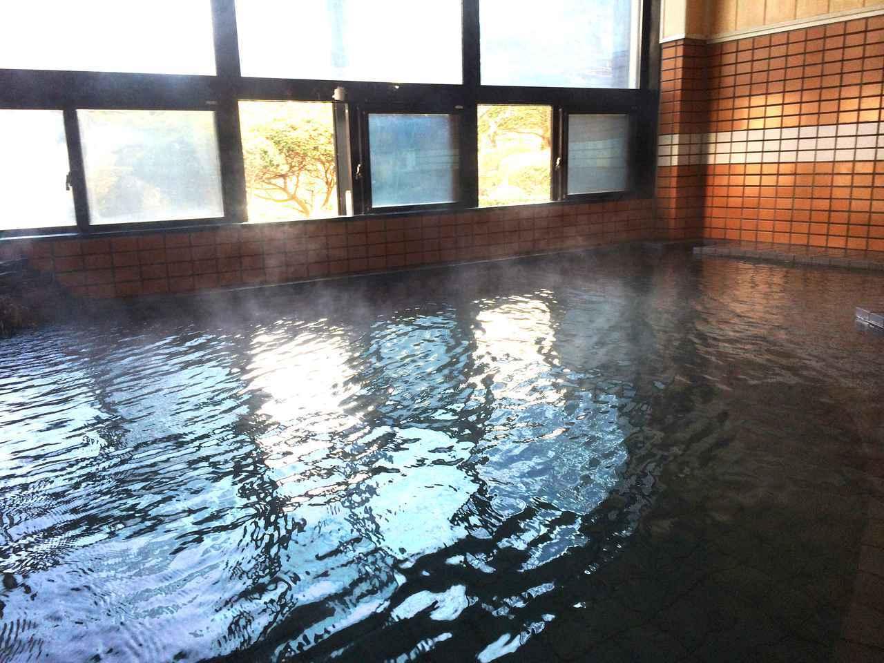 画像2: 富な湯量の美肌の湯で、冷えた身体をほっこり温めて