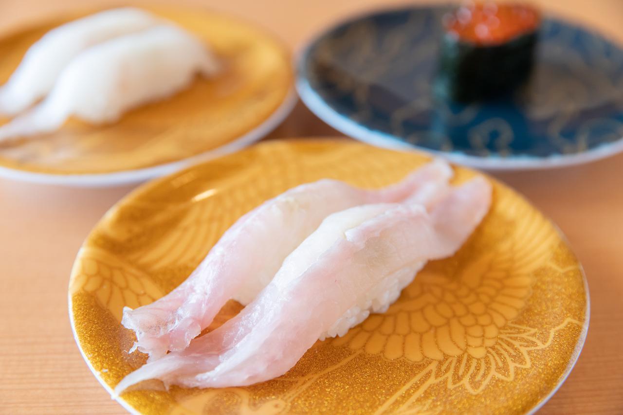 画像3: 地元の人も唸るグルメ回転寿司の本店で、冬の海鮮を堪能