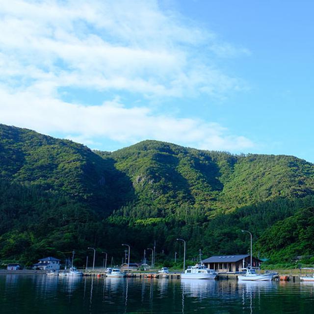 画像: ローソク島遊覧船の福浦からの乗り場。こちらにはトイレや休憩所もあります。