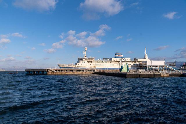 画像: 港町函館を見つめてきた、当時のままの青函連絡船