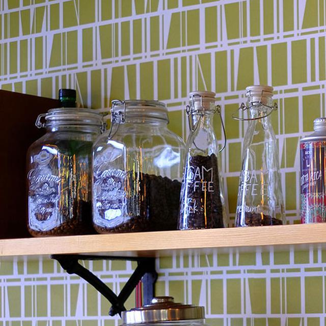 画像: シングルオリジン(単一農園)コーヒー豆や、生育方法から品質管理ができた豆が取り扱われています。
