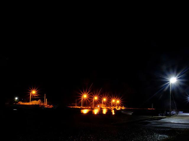 画像: 蛍を観に行った帰り道。都会で暮らしていると暗闇に慣れない…。隠岐の夜は本当に真っ暗で、それゆえ蛍の美しさもひとしおでした。
