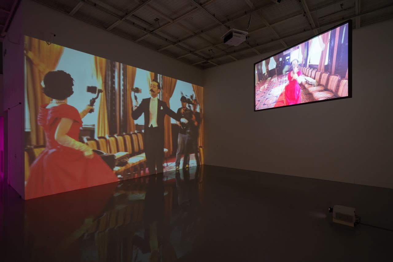 画像: 「荒木悠展:LE SOUVENIR DU JAPON ニッポンノミヤゲ」 「The Last Ball」展示風景 撮影:加藤健