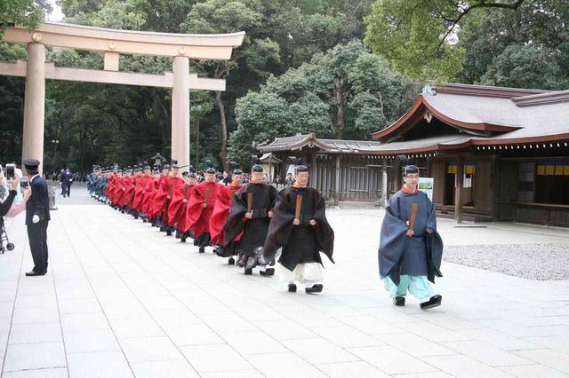 画像: 年中を通して行われる祭儀