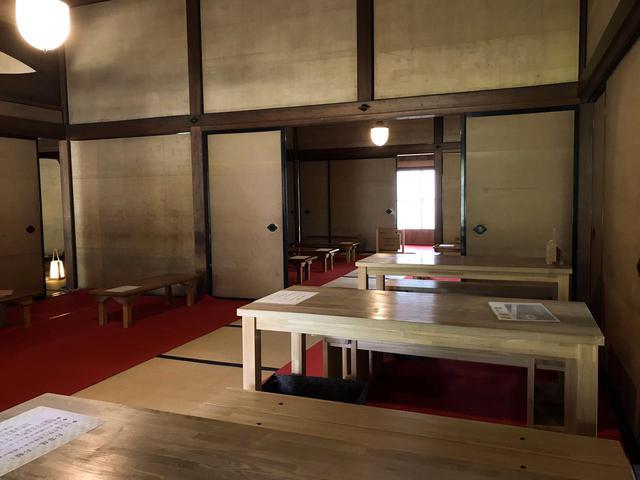 画像2: 「旧岩崎邸庭園 御茶席」にて重要文化財の中で一服