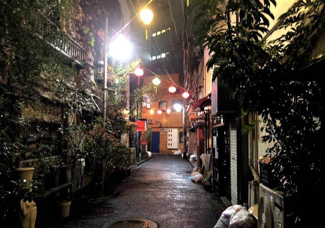 画像: E-6「新宿二丁目」のバーで多様な価値観に触れる