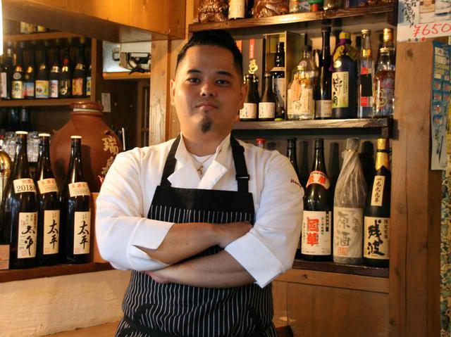 画像: 料理長の腕はもちろん、「面白い、美味しい、楽しい」が伝わるスタッフたちが支える