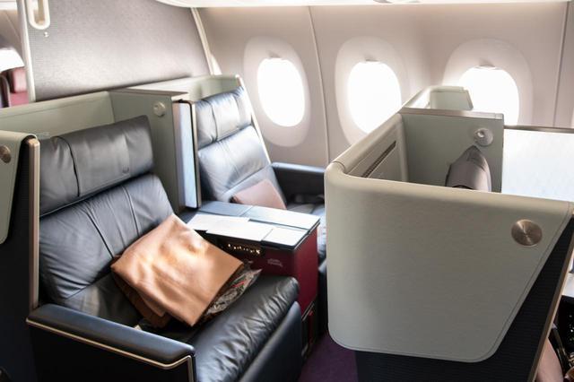 画像5: まるで空の上の書斎。ミステリー作家が語るAirbus A350ファーストクラス