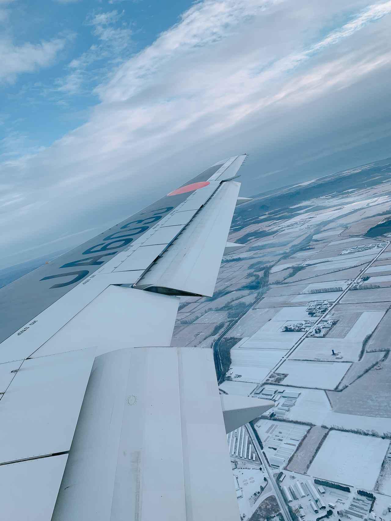 画像3: まるで空の上の書斎。ミステリー作家が語るAirbus A350ファーストクラス
