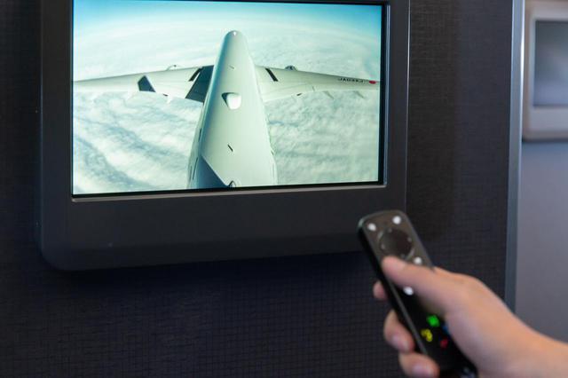 画像9: まるで空の上の書斎。ミステリー作家が語るAirbus A350ファーストクラス