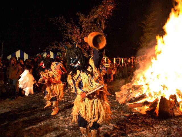 画像3: 舞に踊りに民俗行事。なまはげのすべてが詰まったまつり
