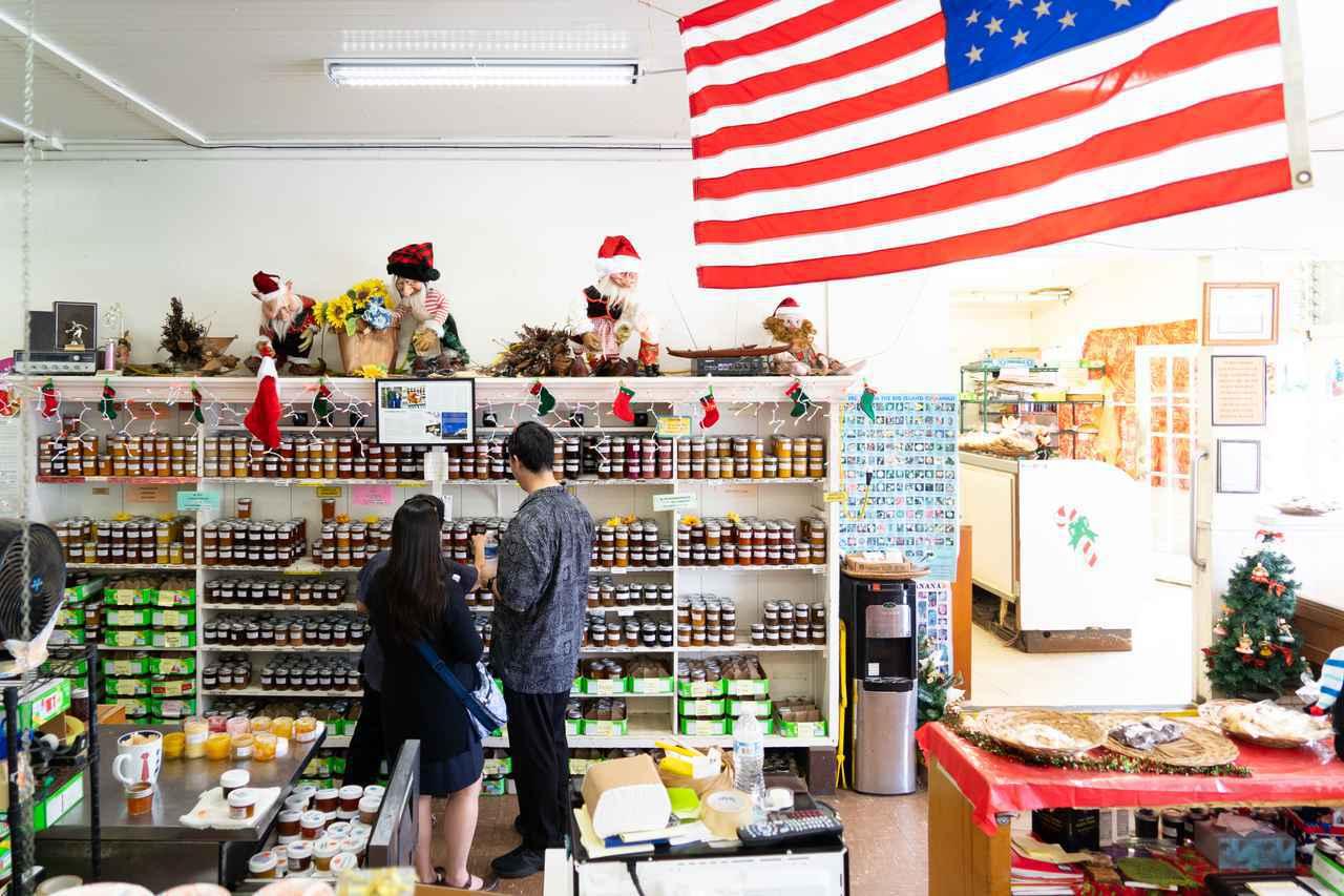 画像: ミスターエドズベーカリーの店内。ジャムだけでなくパンや雑貨も置いています