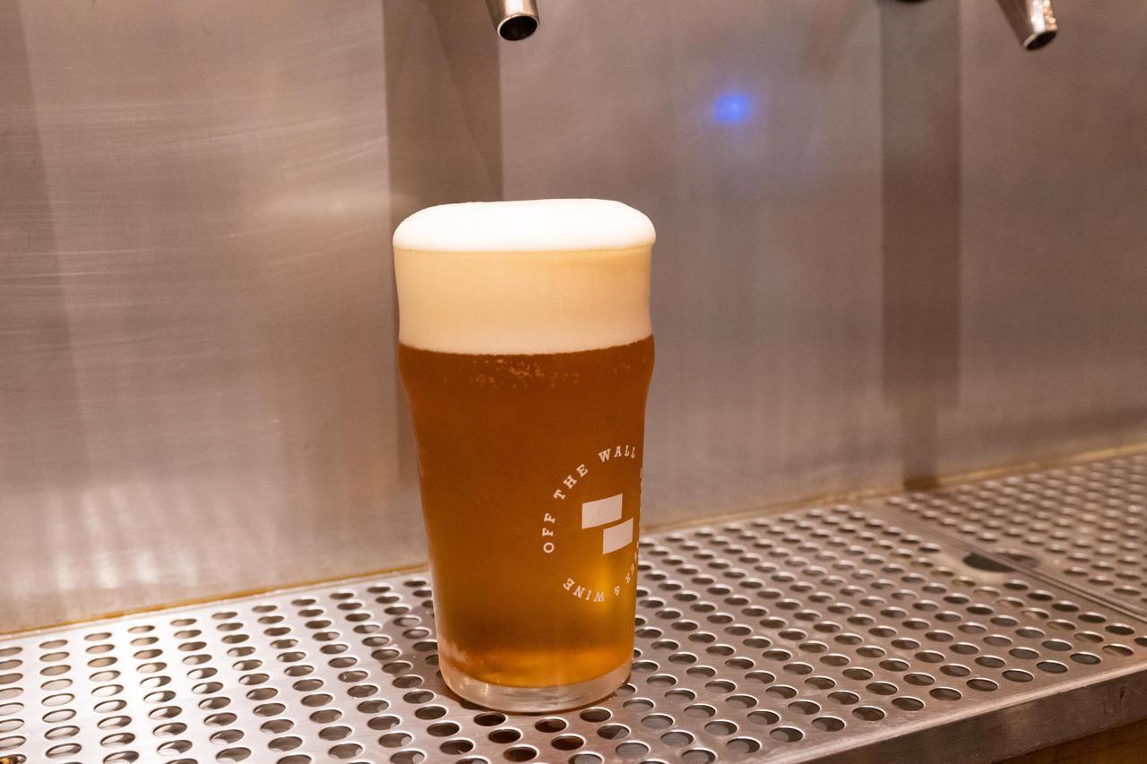 """画像11: 3.人気のクラフトビールは""""量り売り""""で楽しむ。「オフ・ザ・ウォール」"""