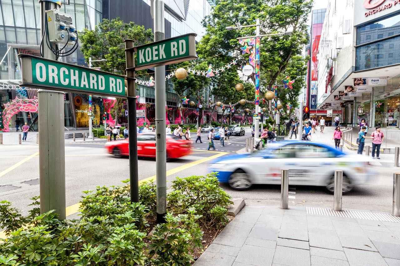 画像: ショッピングセンター街でシンガポールの最新トレンドに触れましょう Ronnie Chua / Shutterstock.com