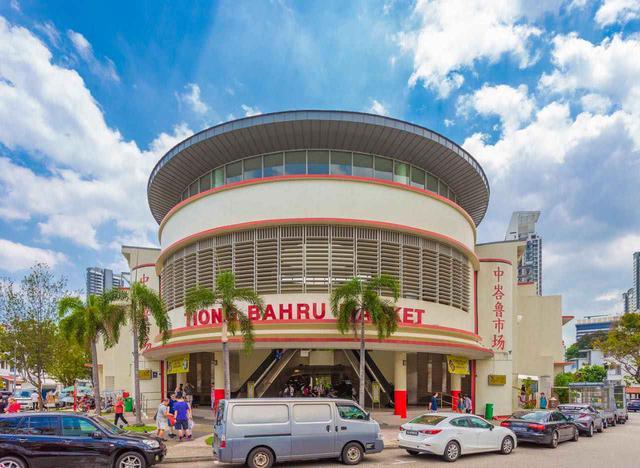 画像: ティオン・バルー・マーケットは街の中心にあり、散策の起点に t.natchai / Shutterstock.com