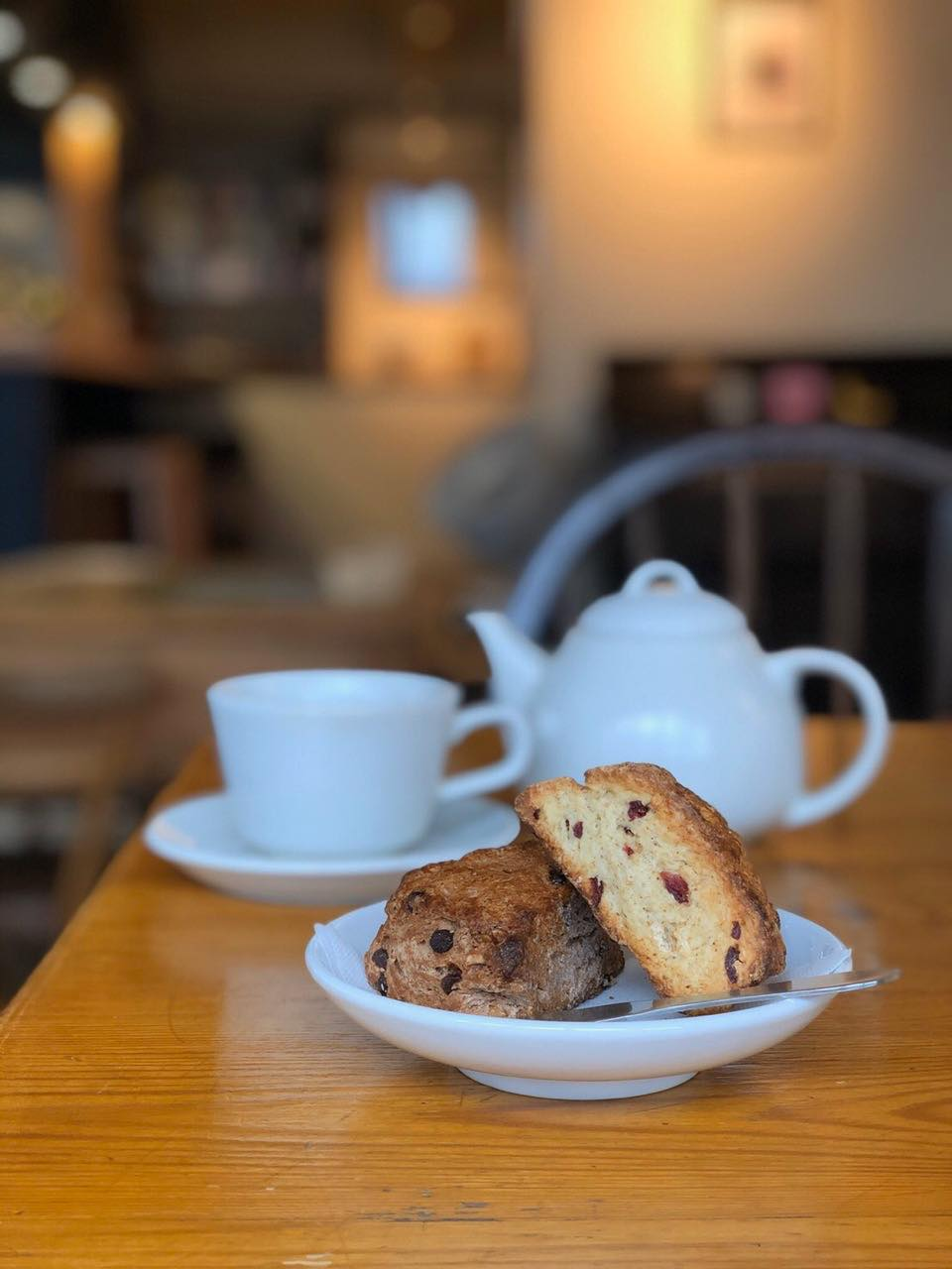 画像: 自家製スコーンセット ※お好みのスコーン2種+コーヒーor紅茶(710円)