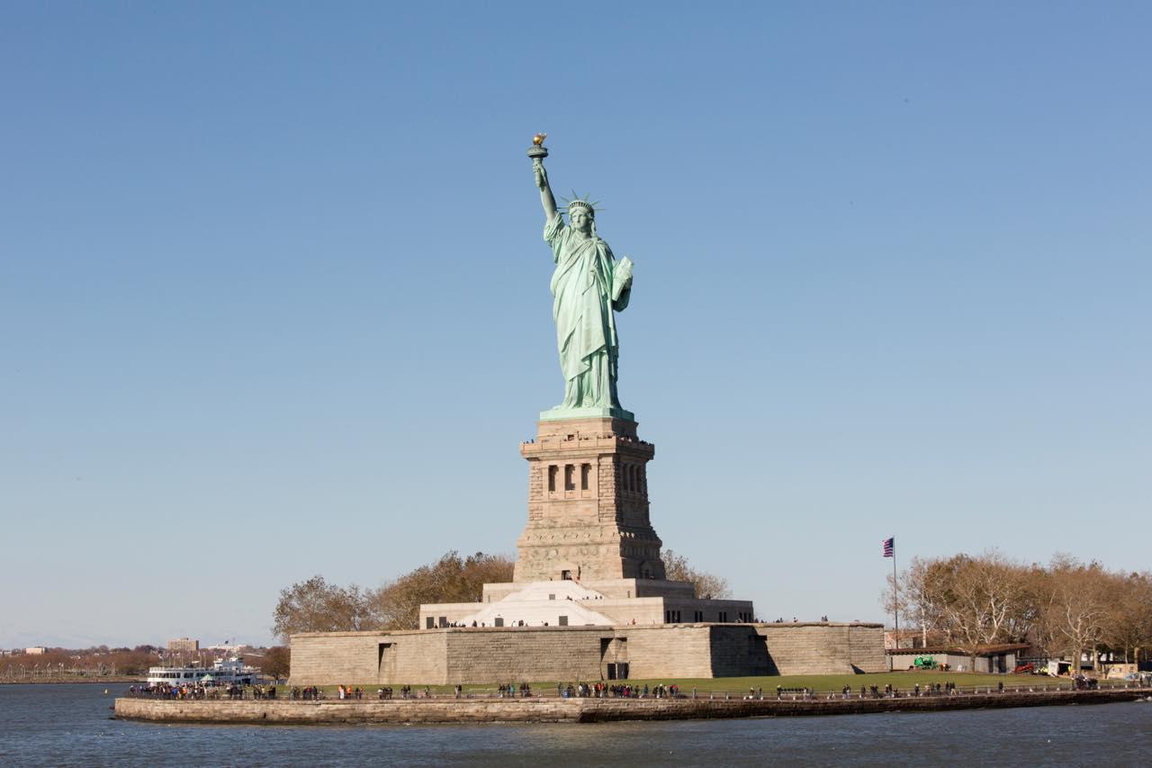画像: 女神像の正式名称は「世界を照らす自由(Liberty Enlightening the World)」 (c) Jen Davis/NYC & Company